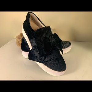 J/Slides Black Suede with Bow